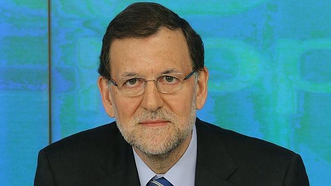 Rajoy: «Es falso, nunca, repito, nunca, he recibido dinero negro en este partido»