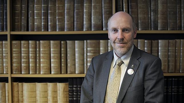 Ex ministro de Finanzas de Islandia: «No es justo socializar las pérdidas de la banca»