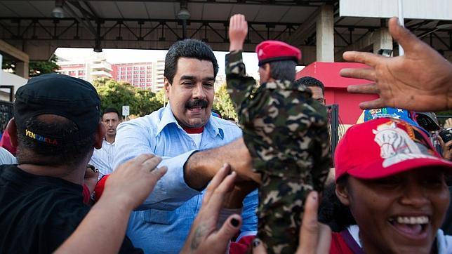 Cinco horas con Chávez