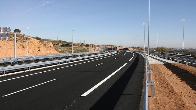 Fomento creará una sociedad pública para rescatar a las autopistas en quiebra