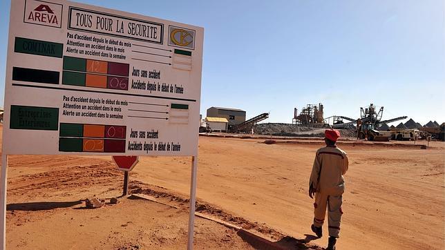 Doble ataque suicida contra una mina de uranio y un cuartel militar en Níger