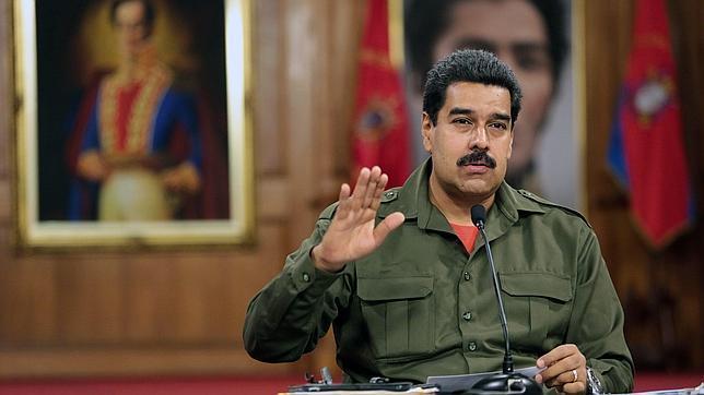 Maduro critica a los medios por «tapar los milagros que se hacen por Venezuela»