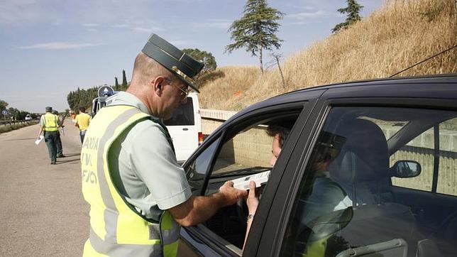 El Gobierno duplicará la multa por conducir bebido, hasta los 1.000 euros
