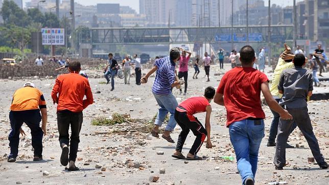 Al menos 80 muertos y 792 heridos en los disturbios de El Cairo y Alejandría