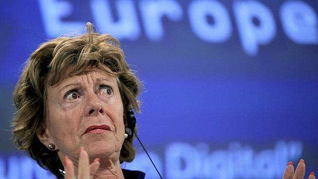 Adiós al «roaming», la enésima frontera europea