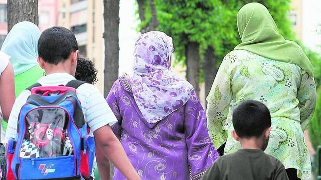 La batalla por el velo islámico en Francia se libra ahora en la guardería privada