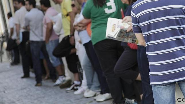 Más de 943.000 jóvenes no tienen trabajo en España
