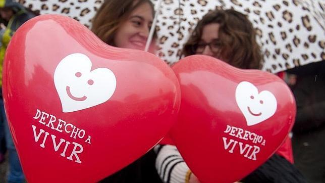 La Eurocámara rechaza un informe que defiende el derecho de la mujer a abortar