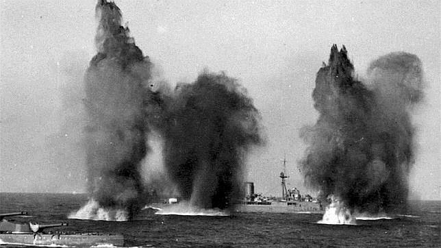 Momento en el que comenzó el bombardeo inglés (3-7-1940) que destrozó la mayor parte de la flota francesa