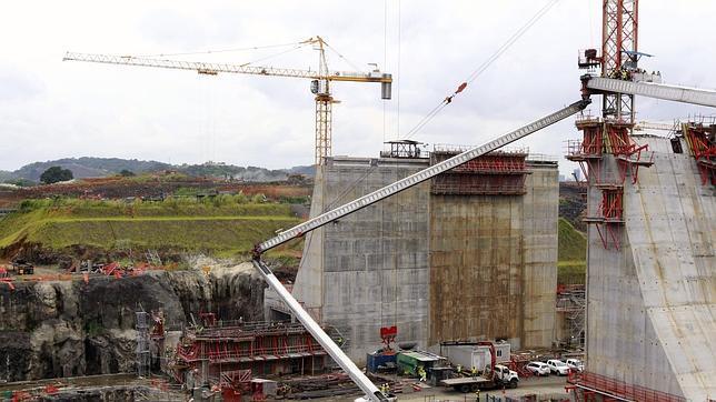Sacyr busca un acuerdo con Panamá para retomar las obras del Canal