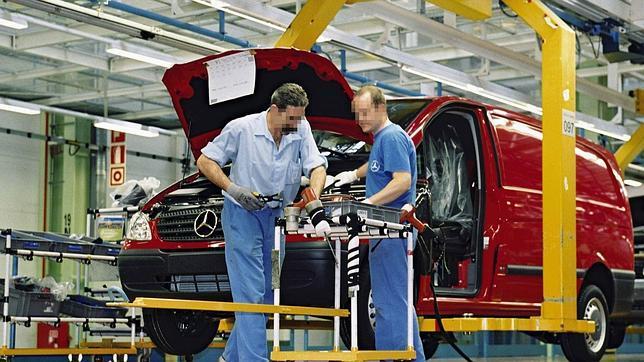 Producción de la Mercedes Vito en la planta de Vitoria