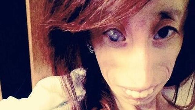 La «mujer más fea del mundo» conmueve internet con sus testimonios más íntimos