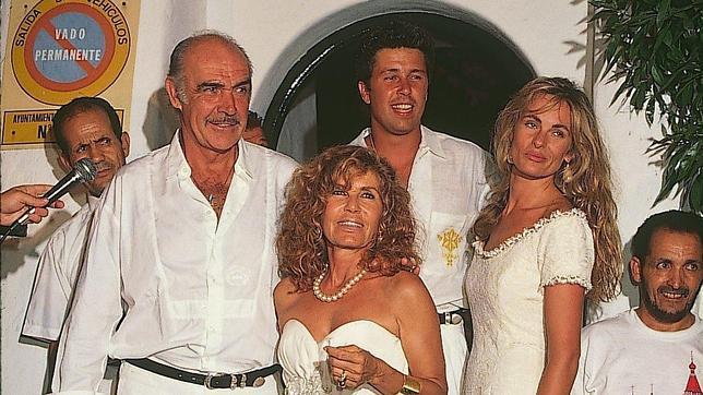 Sean Connery podrá regresar a Marbella aunque su esposa continúa imputada