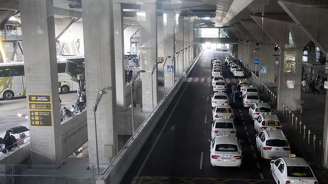 Cinco quejas contra la tarifa fija a Barajas desde su puesta en marcha