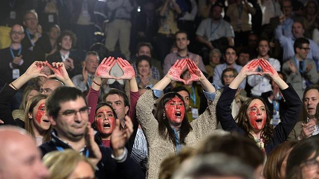 Rajoy, interrumpido en su discurso en Euskadi por gritos a favor del aborto