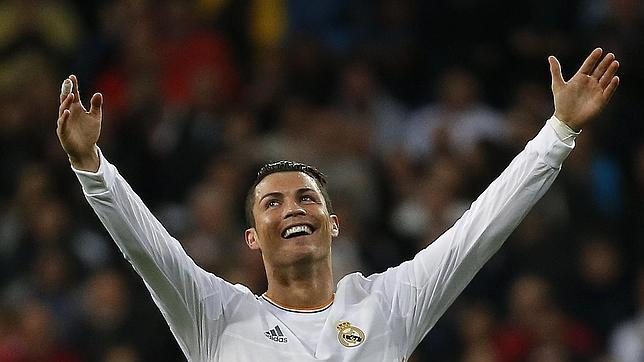Cristiano Ronaldo avisa al Bayern y el Madrid golea a Osasuna