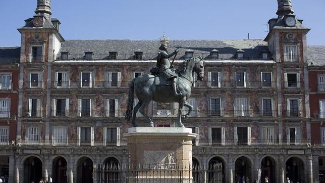 La estatua ecuestre del Rey Felipe III, en la Plaza Mayor de Madrid