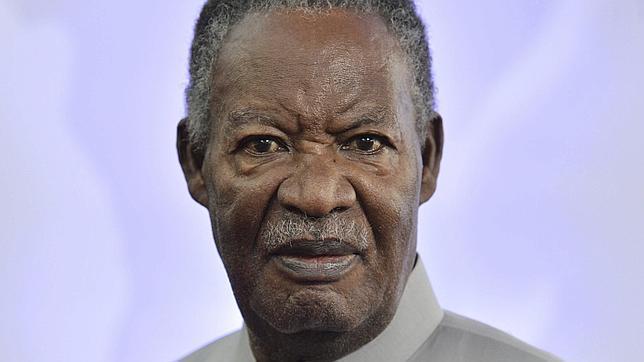 Fotografía de archivo del presidente de Zambia, Michael Chilufya Sata