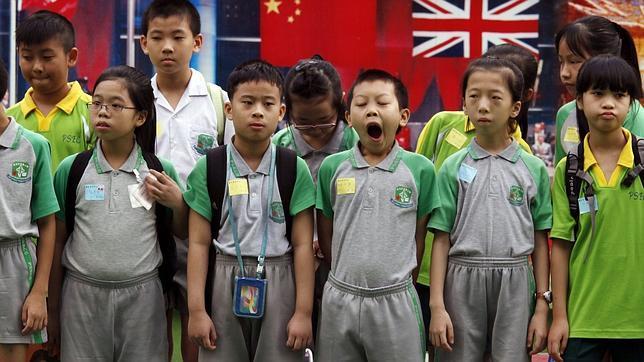 Un grupo de escolares en Hong Kong