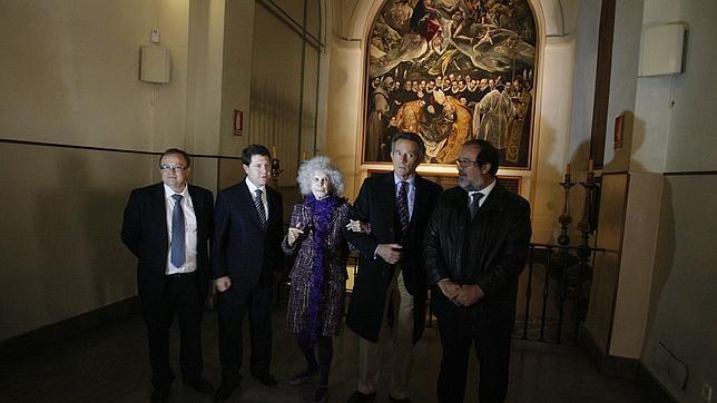 La duquesa y su esposo con el alcalde en el Entierro del Conde de Orgaz