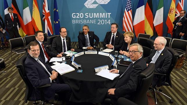 Participantes en la cumbre australiana del G-20 de Brisbane (izda. a dcha: los dirigentes de España, M. Rajoy; Italia, M. Renzi; Francia, F. Hollande; Estados Unidos, B. Obama; Reino Unido, D. Cameron; Alemania, A. Merkel; y de la Comisión, J-C. Juncker