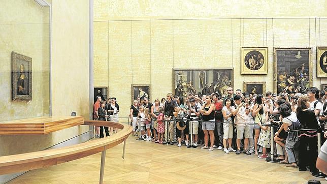 «La Gioconda» dejó de ser una obra de arte. Es una estrella, la gran atracción turística del Louvre