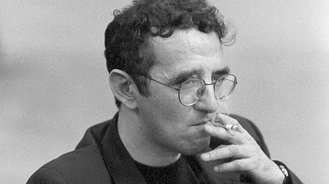 Ismael Belda reúne en una voz la herencia de autores como Yeats, Rubén Darío o Roberto Bolaño (en la imagen)