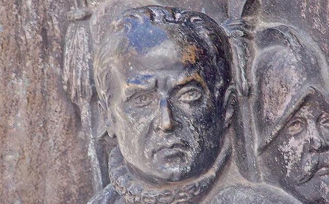 Lope de Figueroa según el escultor Juan Figueras y Vila en el monumento a Calderón en Madrid