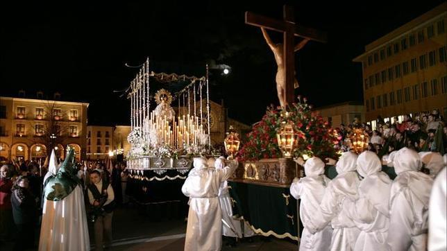 Veinticinco obras maestras de la Semana Santa en España