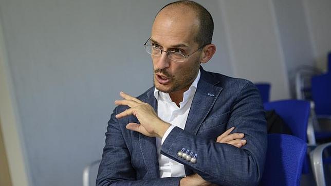 El investigador italiano Luigi Fontana