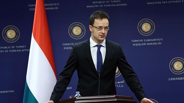El ministro de Exteriores húngaro, Péter Szijjártó
