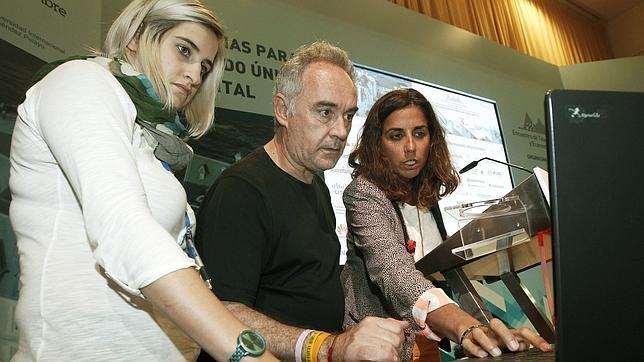 Ferran Adrià en el 29 Encuentro de las Telecomunicaciones y Economia Digital, que se celebra esta semana en Santander