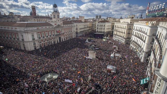 Así podría ver un dron la Puerta del Sol