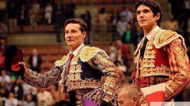 Diego Urdiales y Castella salen a hombros