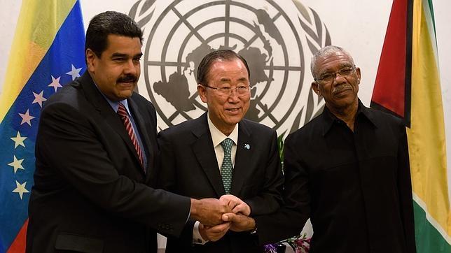 El secretario general de la ONU, Ban Ki-moon, junto con los líderes latinoamericanos