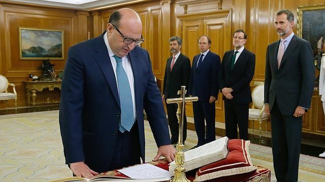 El presidente del Tribunal de Cuentas, Ramón Álvarez de Miranda, al prometer su cargo el pasado mes de julio para un segundo mandato