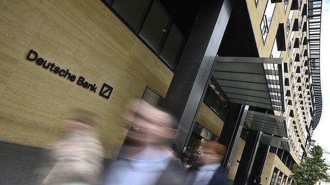 La entidad registra importantes caídas en la Bolsa de Fráncfort