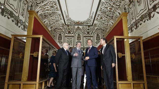 Pérez-Llorca, Méndez de Vigo, Navracsics y Zugaza, ayer en el Salón de Reinos