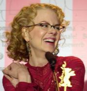 La mirada de Nicole Kidman hechiza a los humanos y a la cámara. AP
