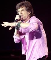 Los Rolling Stones desplegaron ayer toda su energía en Bilbao, en su primer concierto en España de la gira 2003 BERNARDO CORRA