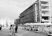 El edificio proyectado por Moneo sigue rodeado por la polémica. M. MARTÍN