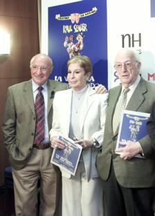 Raúl Sender, Lina Morgan y Antonio Mingote, ayer en Madrid