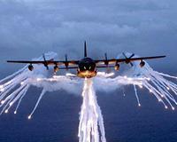 Un AC-130, como el de la fotografía, al parecer ha atacado un escondite de tropas islámica al sur de Somalia. EFE