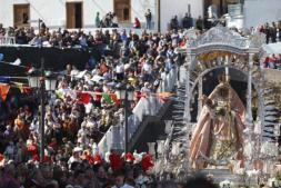 La crisis constituye «un problema de valores», según el obispo Álvarez
