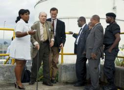 El boom de petróleo impulsa una nueva era en las relaciones con Guinea