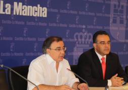 Muñoz: «Podemos sentirnos orgullosos de cómo se hacen las cosas en Sanidad» El gasto en el ámbito sanitario ha sido de 615 millones de euros en obras y equipamiento sanitario_ Se han generado 5.000 empleos en los últimos dos años