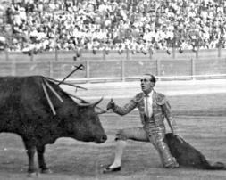 75 llantos por Sánchez Mejías