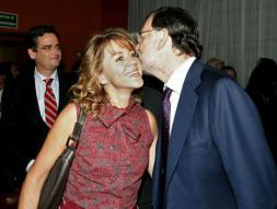 Rajoy anuncia a su dirección que apoyará a Rato para Caja Madrid «hasta el final»