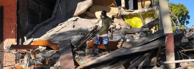 Hallan bajo los escombros el cadáver de la funcionaria de la UE Pilar Juárez