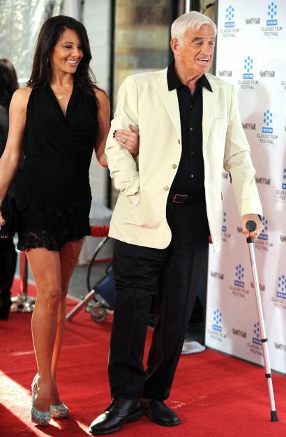 AFP  Cher, la reina del bisturí  AFP  Tony Curtis saluda sombrero en mano  AFP  Jean-Paul Belmondo, junto a su novia, Barbara Gandolfi